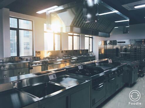南京商用厨房中一些要注意的事项