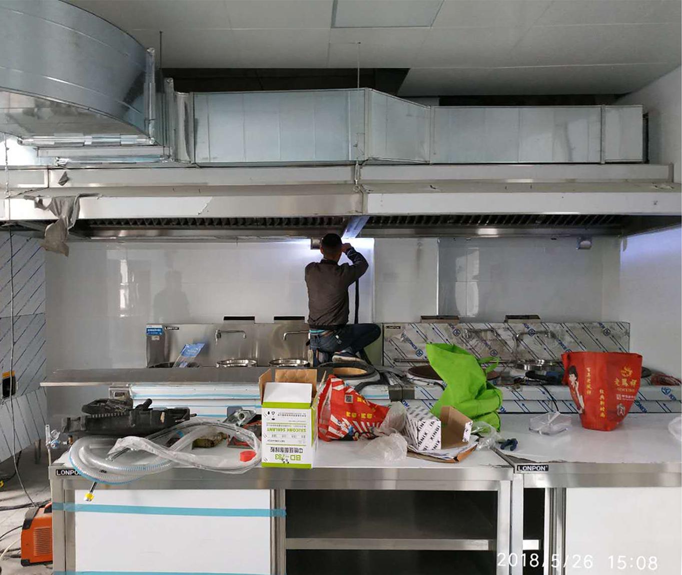 LONPON商用厨房设备——厨房新风系统的重要性