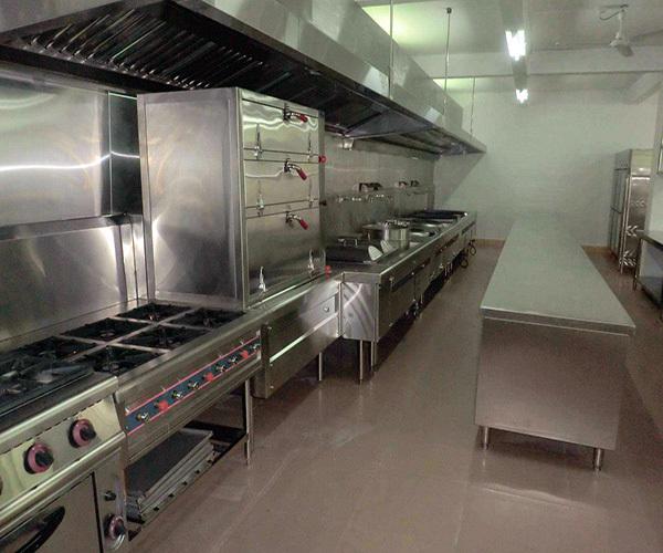 商用厨房设备——春节来临,厨房油烟大扫除…